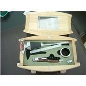 拉吉奥乐(LAGUIOLE)葡萄酒刀,温度计,塞子和止滴环四合一礼品盒