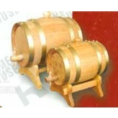 木本色橡木酒桶