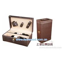 10月份 现货进口红酒盒、松木红酒盒、实木红酒盒、带配件酒盒(飞展2012年款)