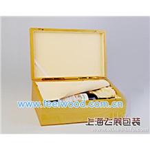 2013年春节款 厂家直销精美红酒皮质包装盒,优质皮盒酒盒,高档皮制酒盒 (工厂现货热卖)现货热卖