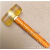 橡皮锤子胶皮锤头牛筋料配合打塞器将软木塞打入红葡萄酒瓶内