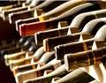 为什么有的葡萄酒会裹上保鲜膜?