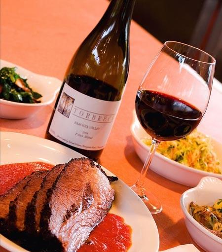 02-Wine-on-the-table-131129.jpg