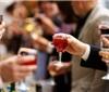 研究表明烈酒比葡萄酒更容易影响饮用者情绪