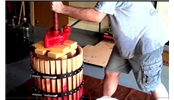 看看外国人如何自制葡萄酒
