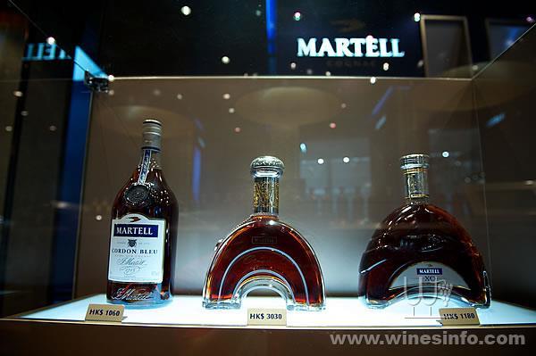 martell_boutique_HKIA_25mar2010_6.jpg