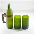 用酒瓶改造成的冷水壺和冷水杯