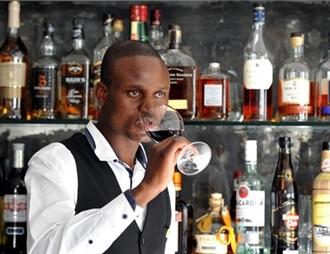 釀酒師稱津巴布韋當地銷售的葡萄酒90%未經認證