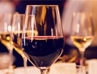 洗牌加速 葡萄酒迎行业拐点