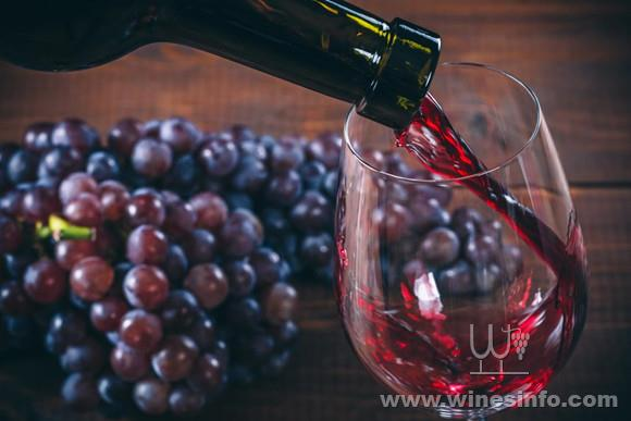 grapes-and-red-wine-glass.jpg