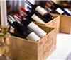访港旅行团大跌90%,葡萄酒商、旅行社艰难求存