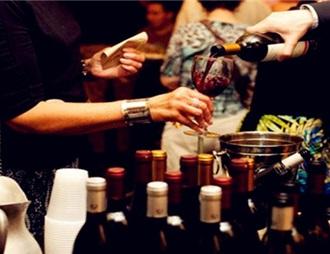 """葡萄酒市场恢复慢,国产酒突围还需""""平易近人"""""""