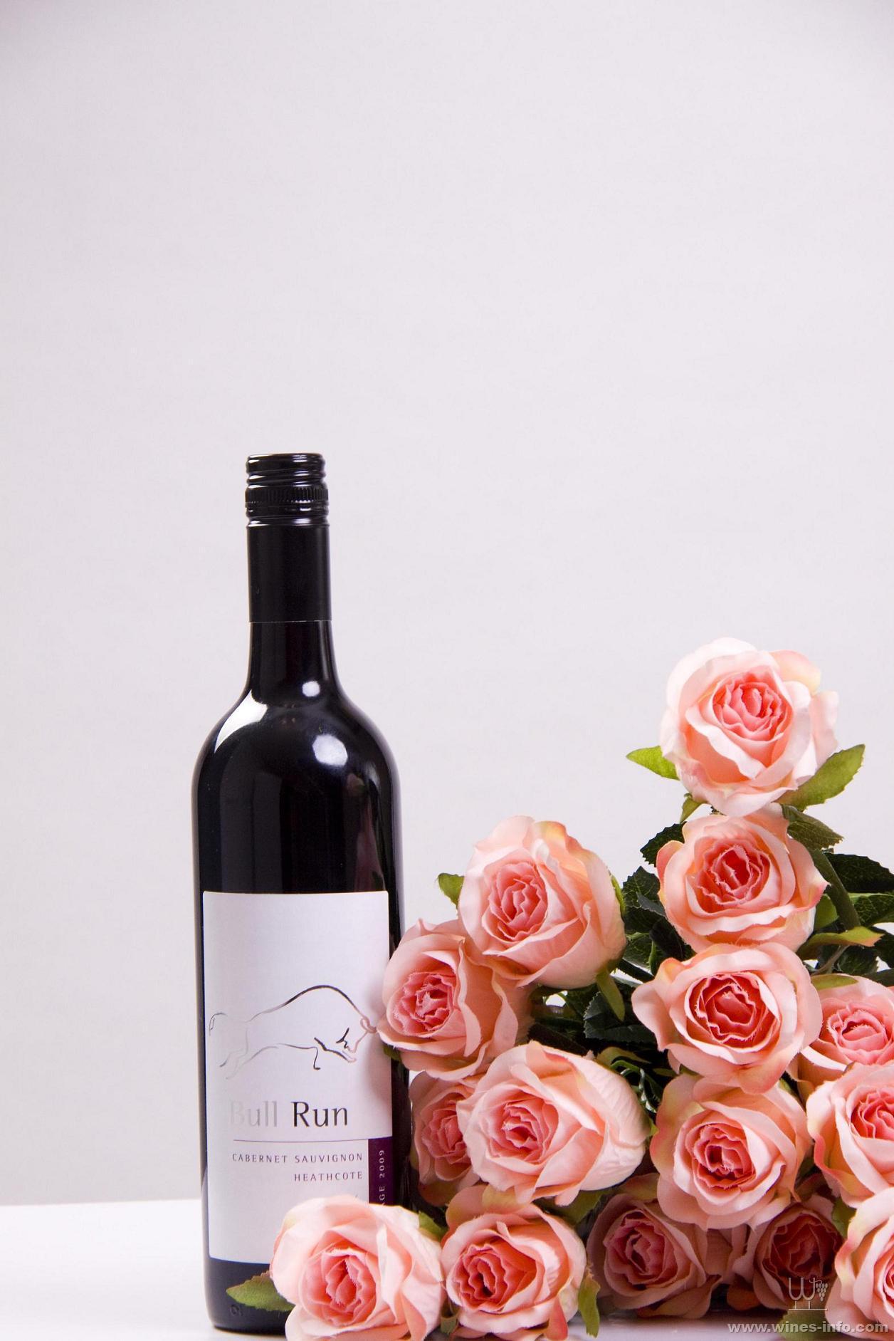 澳洲原瓶进口奔牛希斯寇特赤霞珠高级干红(2009)