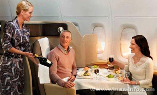 飞机的酒单上,2014全球航空葡萄酒奖项在伦敦正式