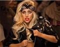 啧啧!爱酒的巨星Lady Gaga 又有关于葡萄酒的新动作了